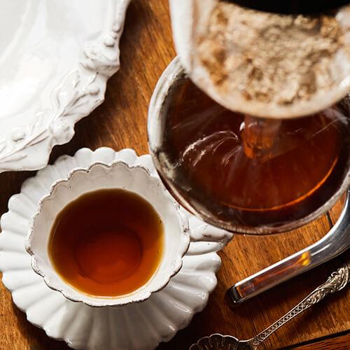 素材の旨みを贅沢に抽出する味わい深いスープ