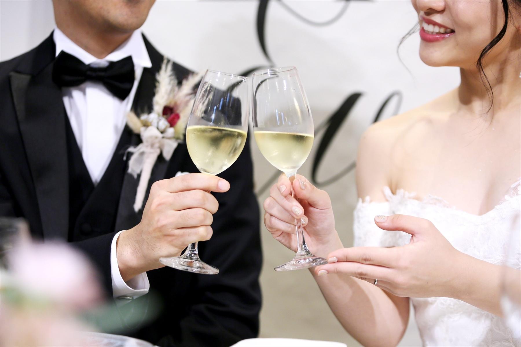 アニバーサリーアン恵比寿 カップルレポート パーティ会場 ご新郎ご新婦 乾杯