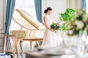 アニバーサリーアン恵比寿 新婦 パーティ会場 エスカリエ ピアノ